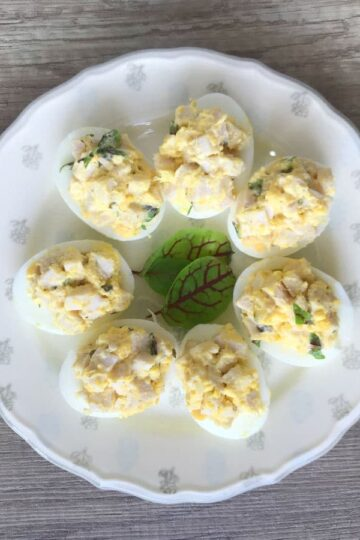 Jajka faszerowane szynką i szczypiorkiem