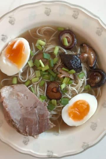 Ramen, oryginalny przepis na tradycyjną japońską zupę