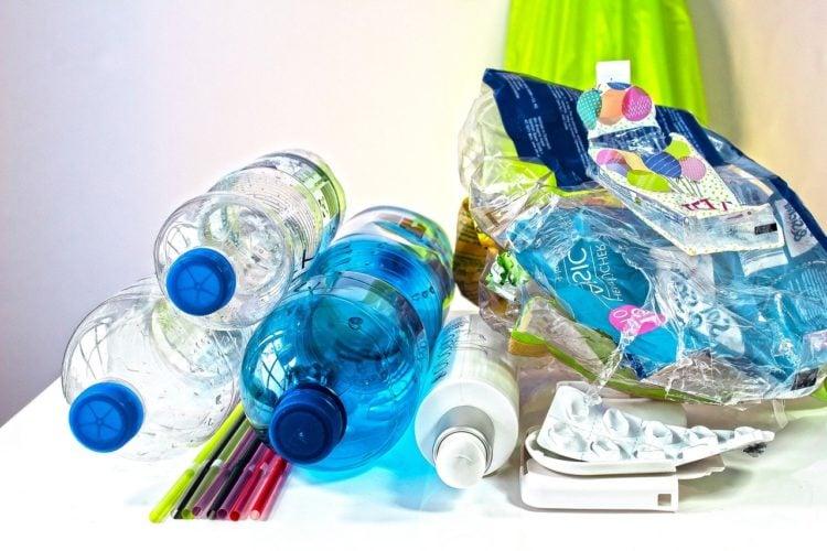 Poradnik. Jak segregować odpady w małym mieszkaniu