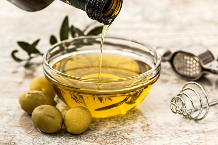 Oleje roślinne w zdrowej diecie. Co o nich wiemy?