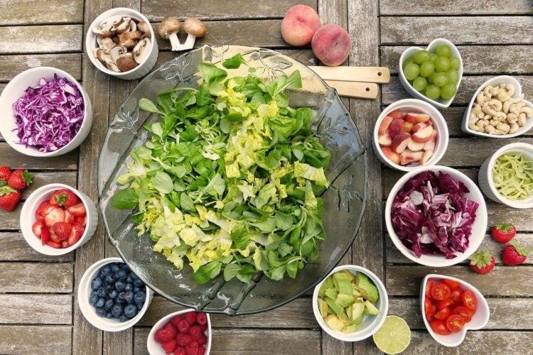 Dziesięć zdrowych produktów żywnościowych.