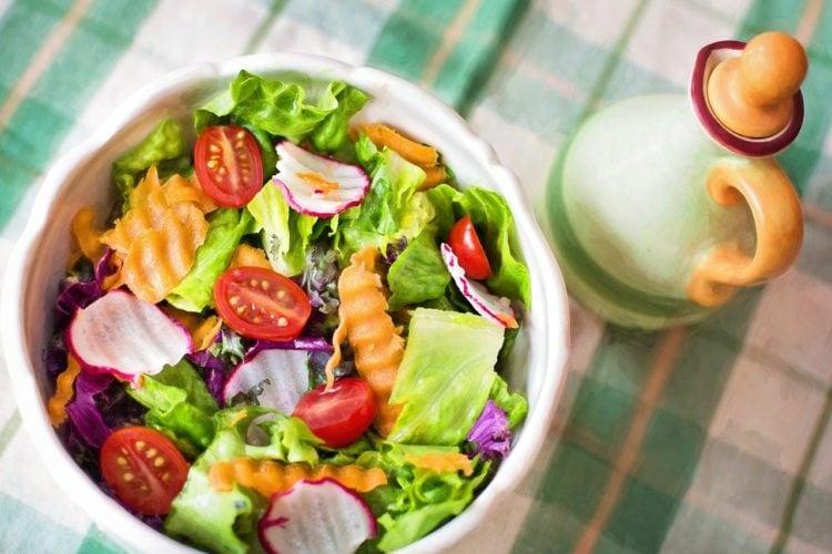 Chcesz żyć zdrowo? Zmień sposób odżywiania!