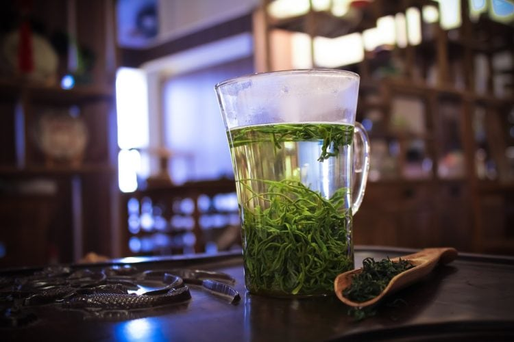 Zielona herbata. Dlaczego warto po nią sięgać?