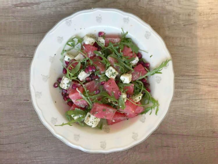 Wytrawna sałatka z arbuzem i serem feta