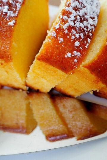 Lemon drizzle cake wilgotne ciasto cytrynowe