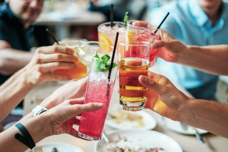 Dlaczego pijesz alkohol? Kilka słów o alkoholu