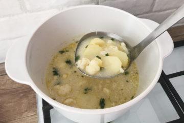 Zupa kalafiorowa z ziemniakami