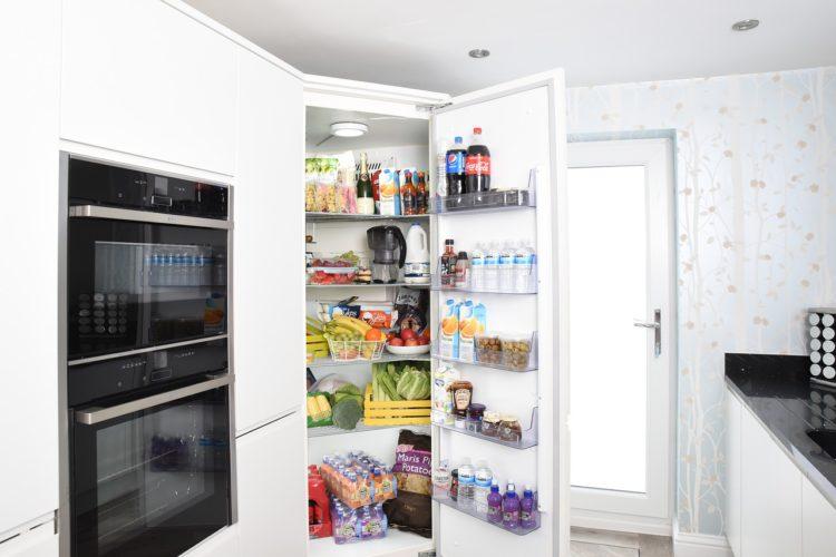 Jak uporządkować swoją lodówkę?