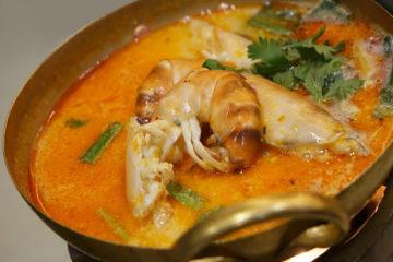 Orientalna zupa tajska z krewetkami