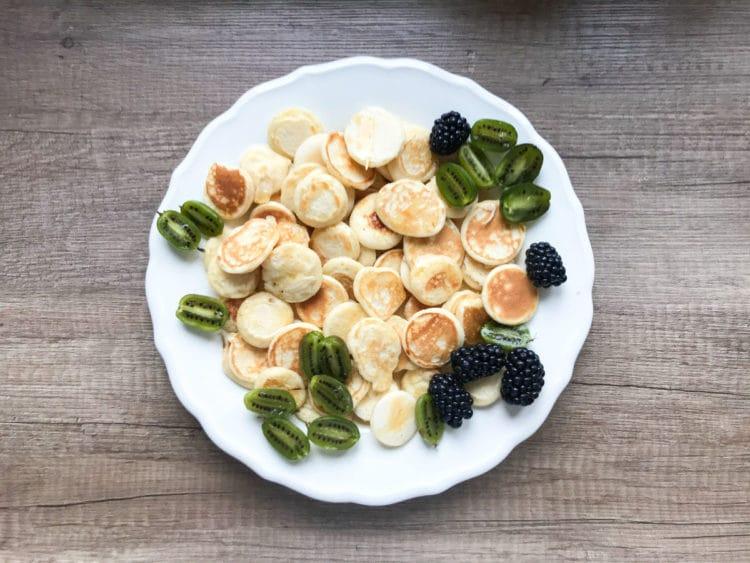 Maleńkie naleśniczki jak płatki śniadaniowe