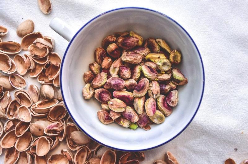 Krem pistacjowy z pralinami Lindt white chocolate