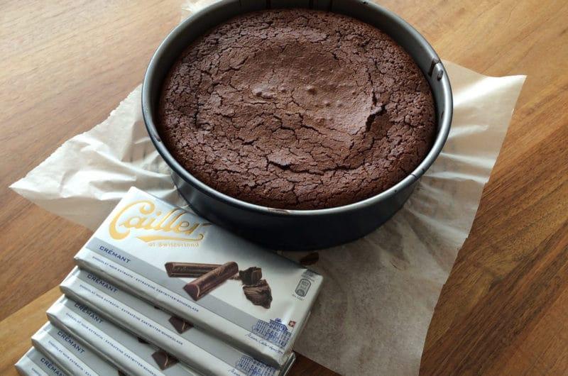 Gotowana babka czekoladowa bez pieczenia