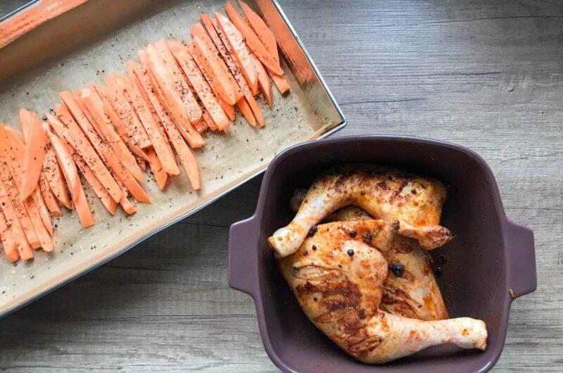 Chrupiące ćwiartki kurczaka pieczone w piekarniku