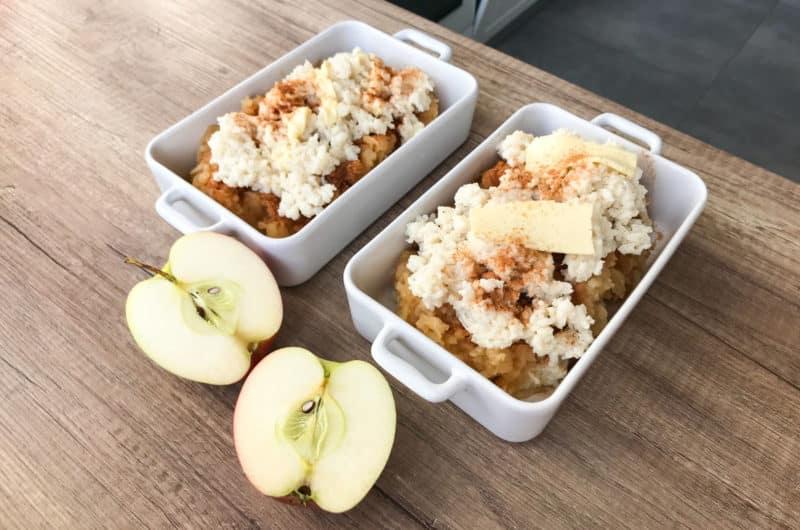 Mleczny ryż zapiekany z prażonymi jabłkami i cynamonem