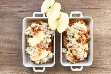 Mleczny ryż zapiekany z jabłkami i cynamonem