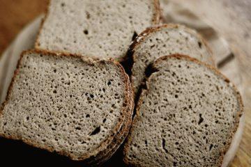 Tradycyjny żytni chleb na mące Wojciecha Cejrowskiego