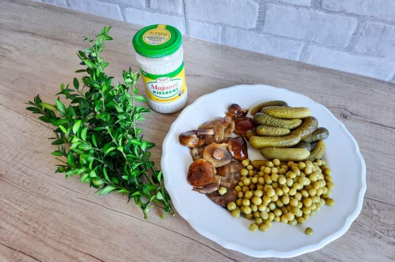Sałatkowy sos tatarski do święconki i wędzonki