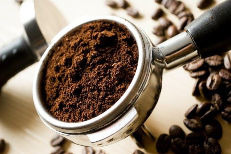 Gatunki, rodzaje i parzenie kawy