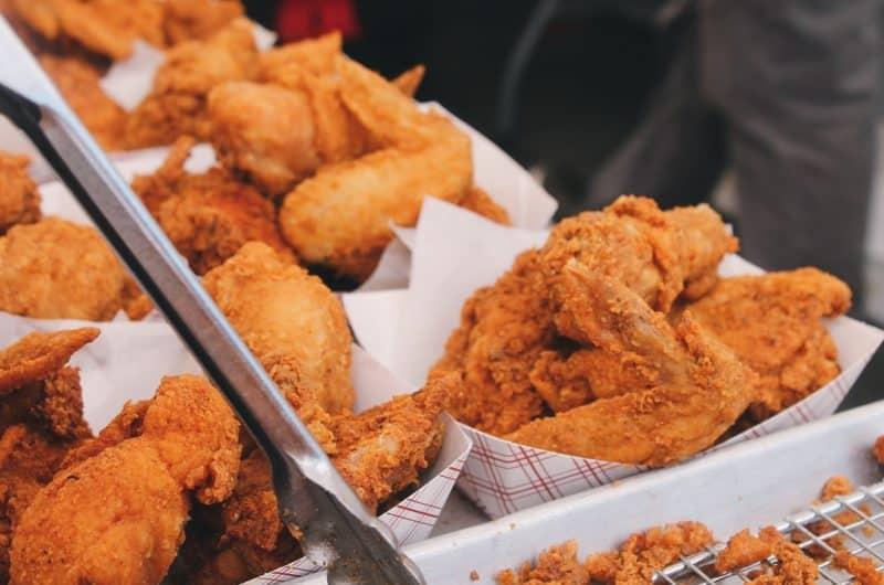 Kawałki kurczaka w panierce rodem z KFC