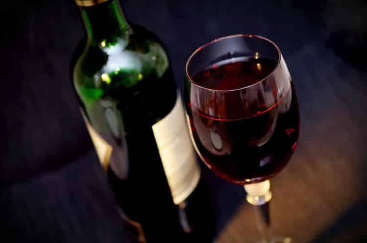 Zasmakuj w winach z całego świata