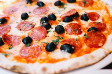 Pizza Pepperoni. Amerykański przepis