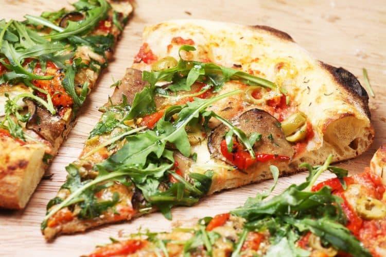 Pizza Quattro Stagioni. Cztery pory