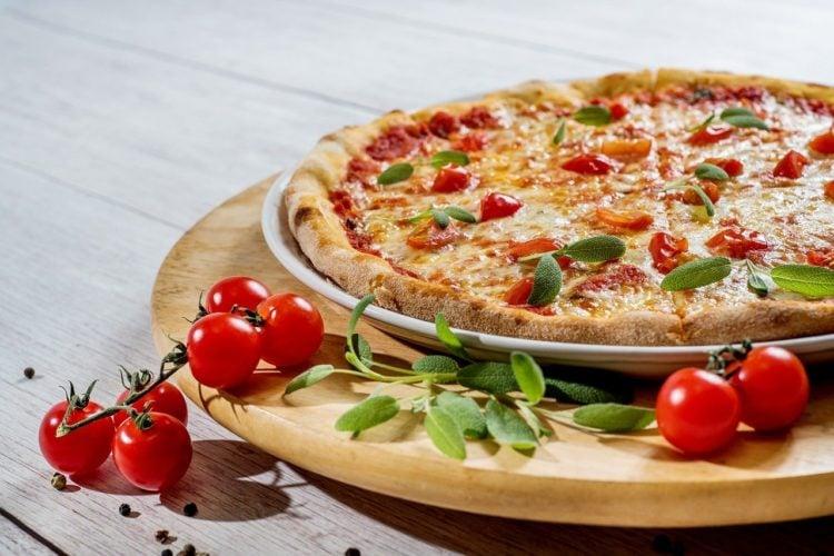 Pizza Vegetariana. Pizza wegetariańska