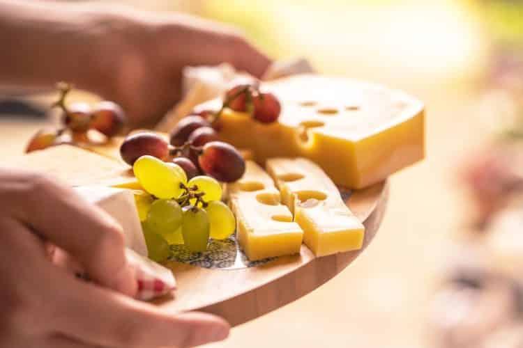 Jakie pokarmy nadają się na dobrą przekąskę?