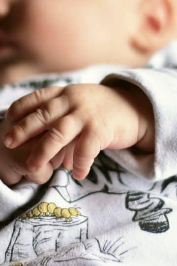Zabiegi nawilżające i chroniące skórę dziecka