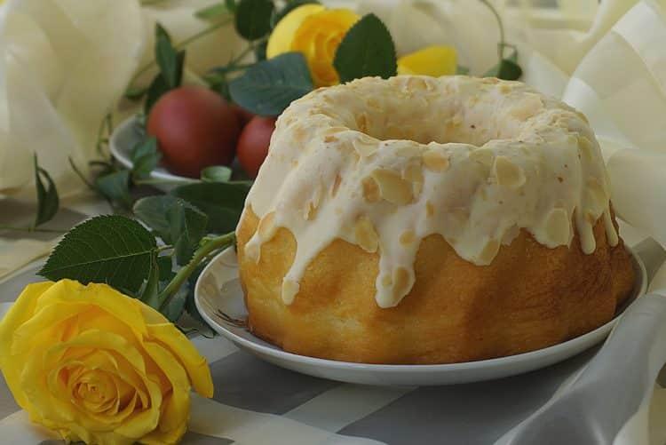 Babka cytrynowa poleca się na deser