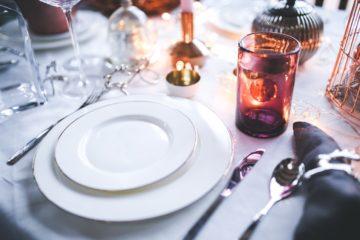 Jak skompletować oryginalną zastawę stołową?