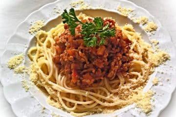 Spaghetti bolognese - klasyczny przepis